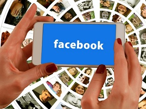 facebook on cellphone